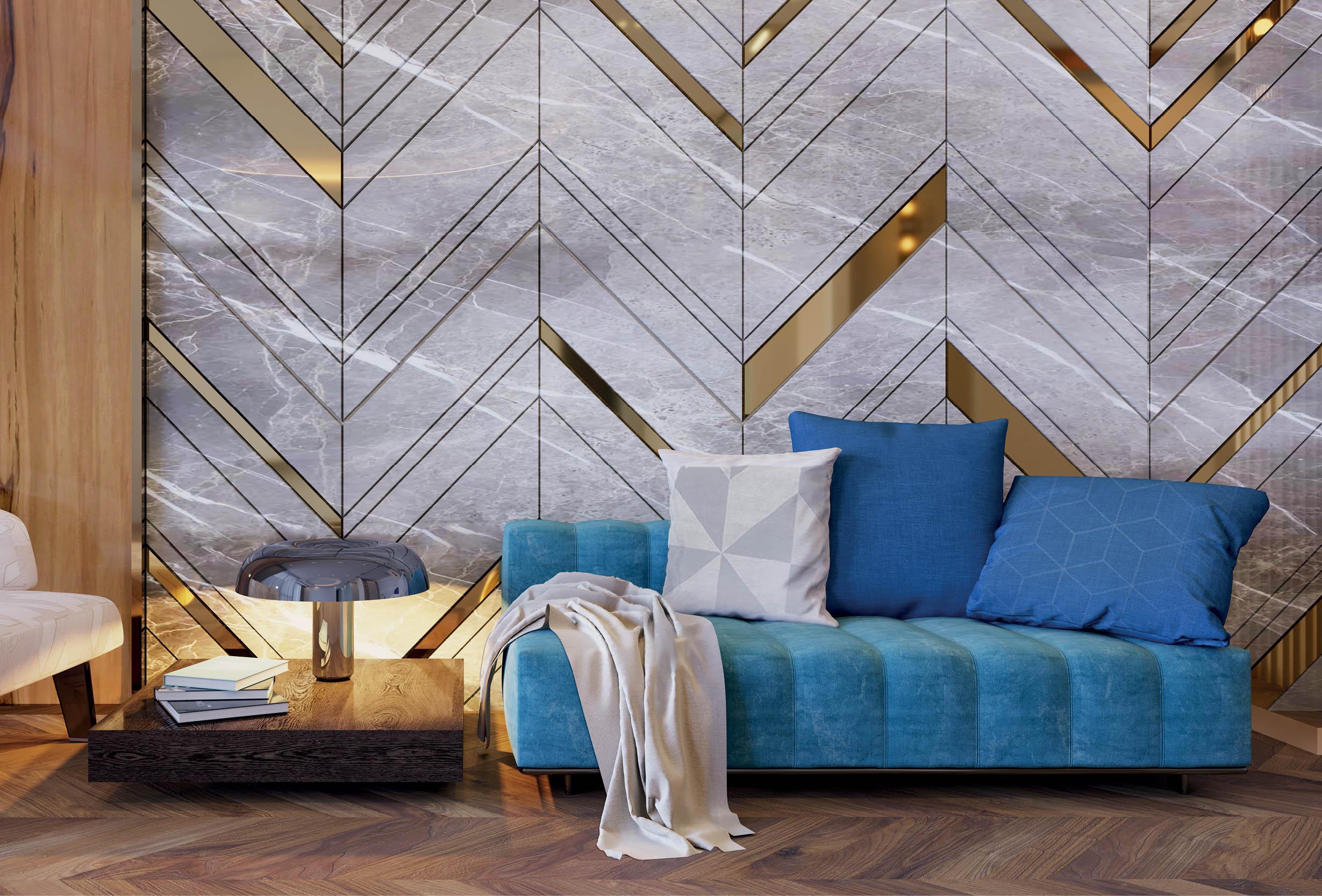 Полоса из полированной латуни РР в декоре стен гостинной